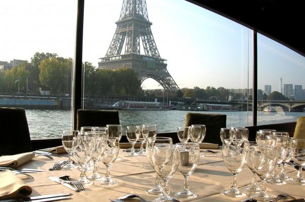 Déjeuner Croisière sur la Seine le temps d'une journée au départ de Normandie DEJEUNER CROISIERE A PARIS à partir de 109 € TTC